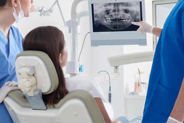 Restorative Dentistry and Tooth Replacement at Nostra Dental Clinic